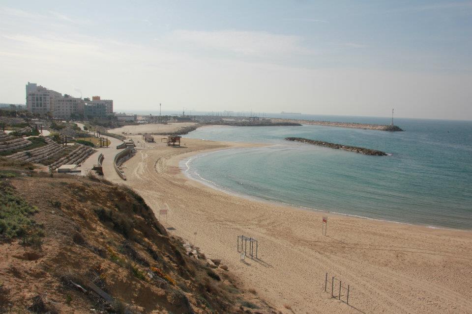 הנפרד הרצליה החוף